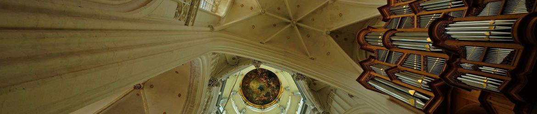 Antwerpen mit Orgel